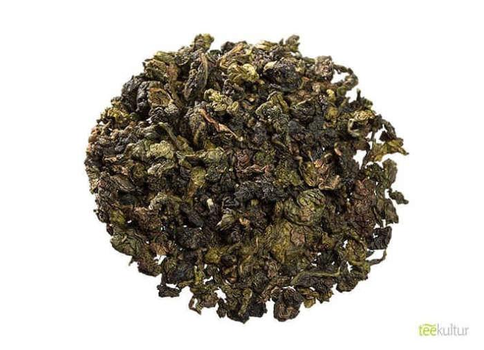 Tee mit vielen Legenden süßlich im Geschmack mit einer cremigen Milchnote China Milky Oolong lose 1619-e1587981390158